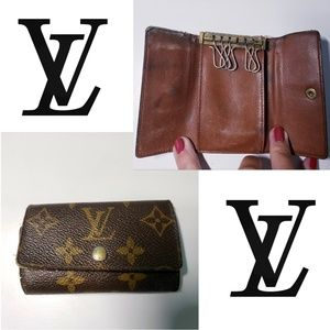 AUTHENTIC LOUIS VUITTON Monogram Key Holder